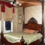 P. Mallard Rosewood Rococo Plantation Bed Makes $40,320 at Auction