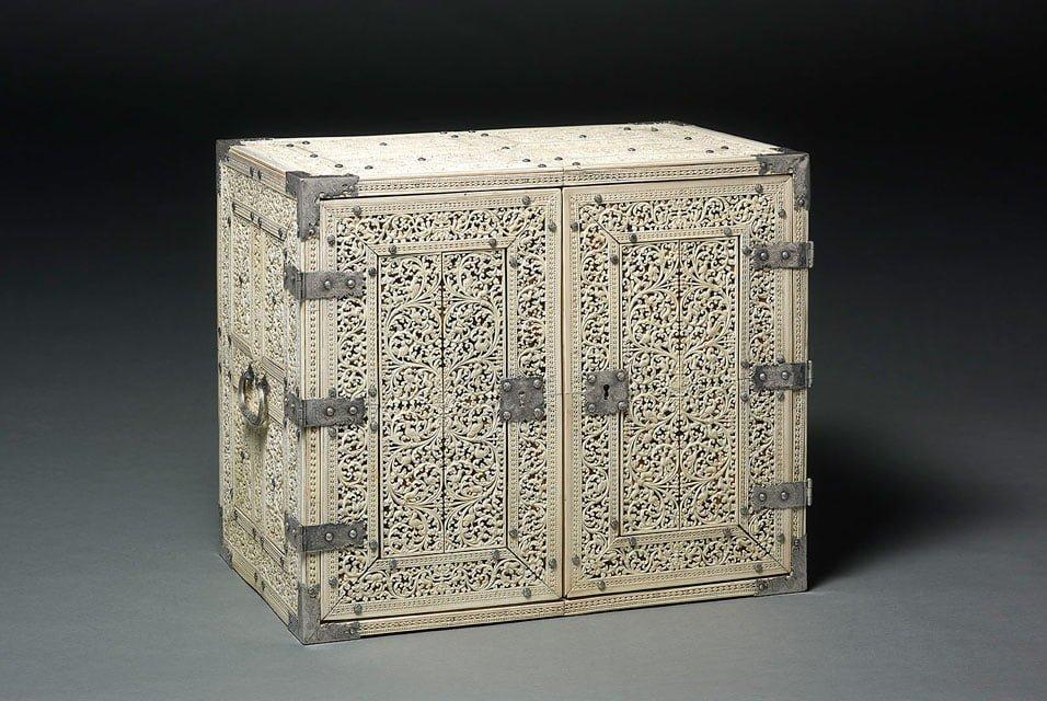Cabinet Ceylon