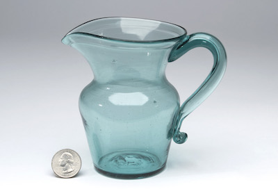 STIEGEL SUGAR BOWL AND POCKET BOTTLE SELL FOR NEARLY $20,000